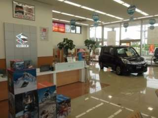 (株)スズキ自販浜松 小笠店の写真2