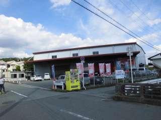 100円レンタカー箕面店の写真2