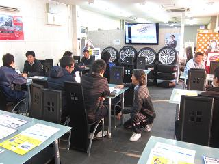 CSオートディーラー 【柏インター】30系後期セルシオ専門店の写真3