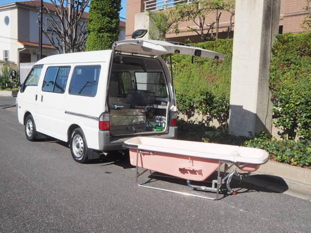マツダ ボンゴ 福祉車両 移動入浴車 モリタエコノス製造 一体型湯舟 4人乗り