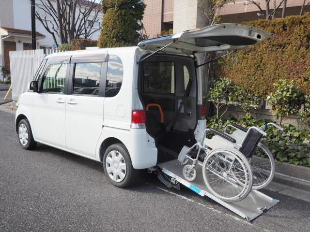 ダイハツ タント 福祉車両 8ナンバー登録 アイドリングストップ車 車椅子電動固定