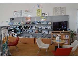 兵庫ダイハツ販売(株) U-CAR土山店の写真3